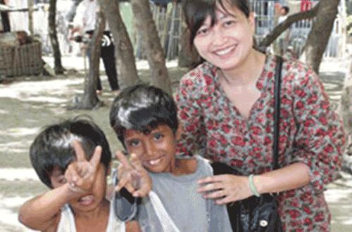 关爱贫困儿童,给他们一个快乐美好的童年!