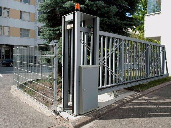901S Cantilever Sliding Gate 1
